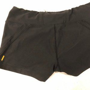 LUCY BLACK SHORTS SIZE MEDIUM